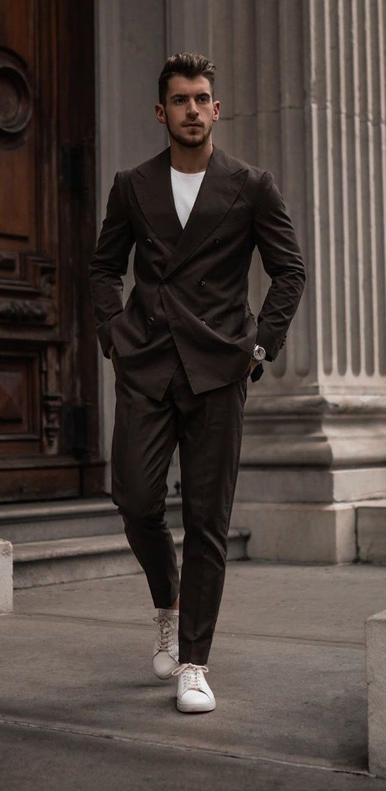 5 Stylish Ways to Wear Casual Suits