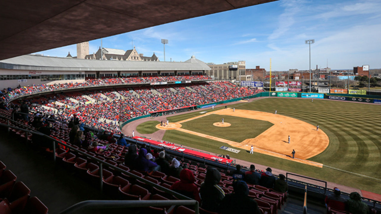 Blue Jays to play home games at Buffalo's Sahlen Field