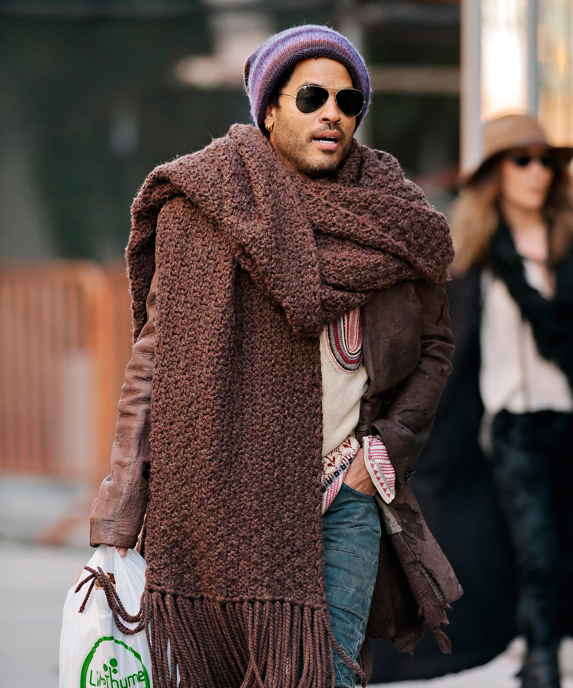 Lenny Kravitz Had The Right Idea About Scarves
