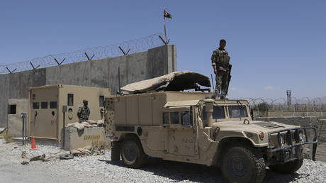 Afghan president blames 'abrupt' departure of US-led troops for failures in war with Talban